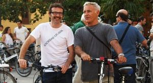 Ribó, el concejal que rechaza el coche oficial por ir al Ayuntamiento de Valencia en bicicleta