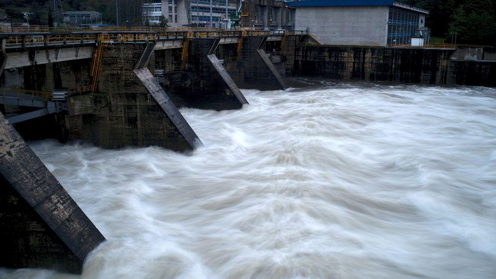 Foto: Los fondos habían invertido en energía hidráulica. (EFE)