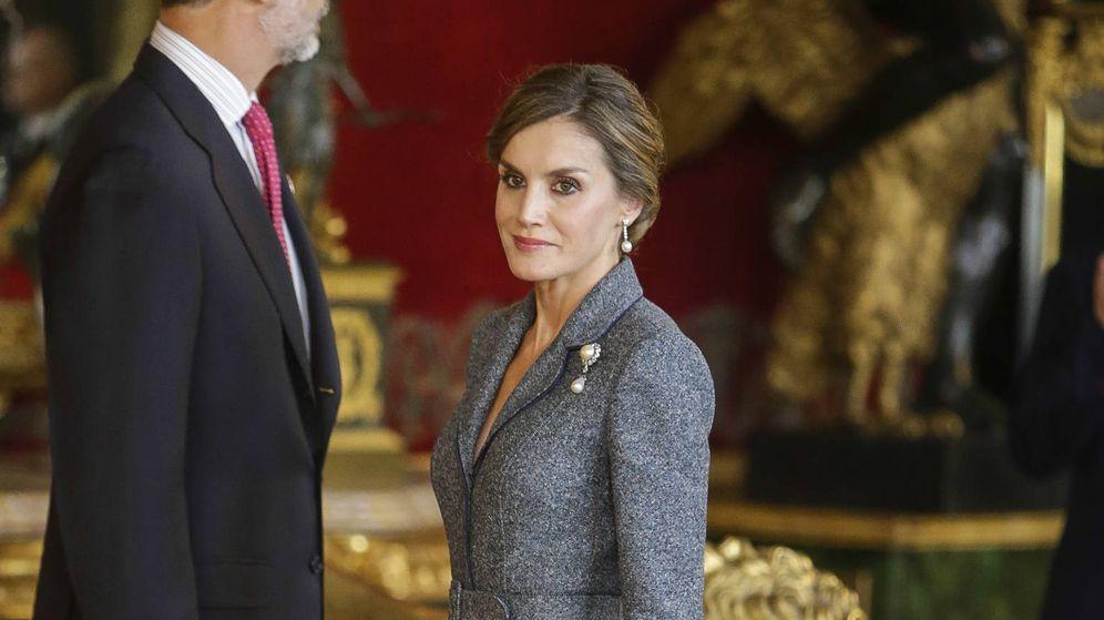Foto: La Reina Letizia en una imagen de la recepción en palacio por el Día de la Hispanidad. (Gtres)