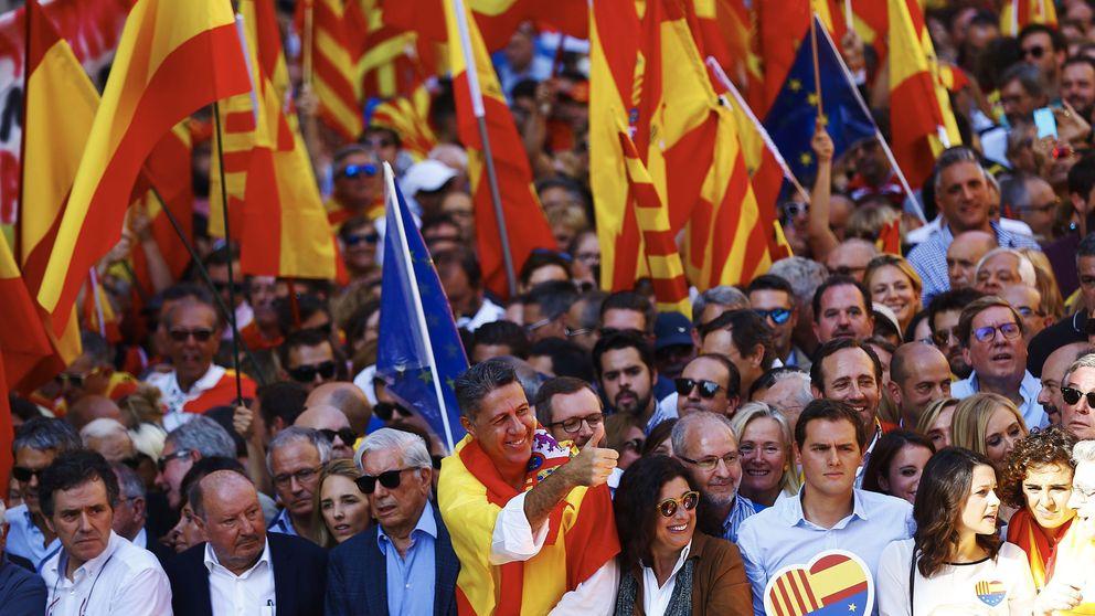 La primera gran manifestación contra la 'desconexión' en Barcelona