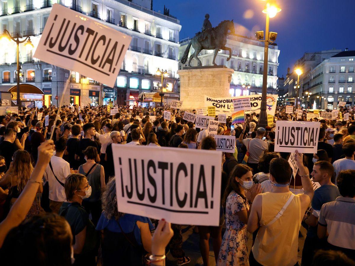Foto: Marcha contra la homofobia en Madrid. (EFE)