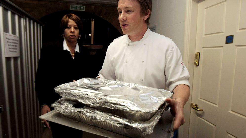 Foto: Jamie Oliver ha dado de comer a muchos de los personajes más famosos del mundo (Reuters/Christopher Furlong)