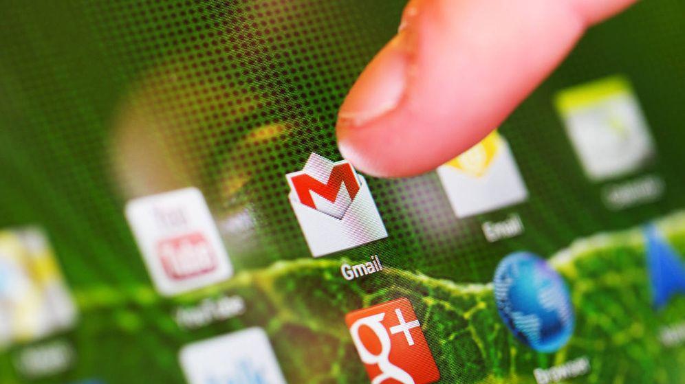 Foto: Un usuario accede a Gmail. (iStock)