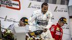 Hamilton gana en el día 'horribilis' de Ferrari y de Carlos Sainz