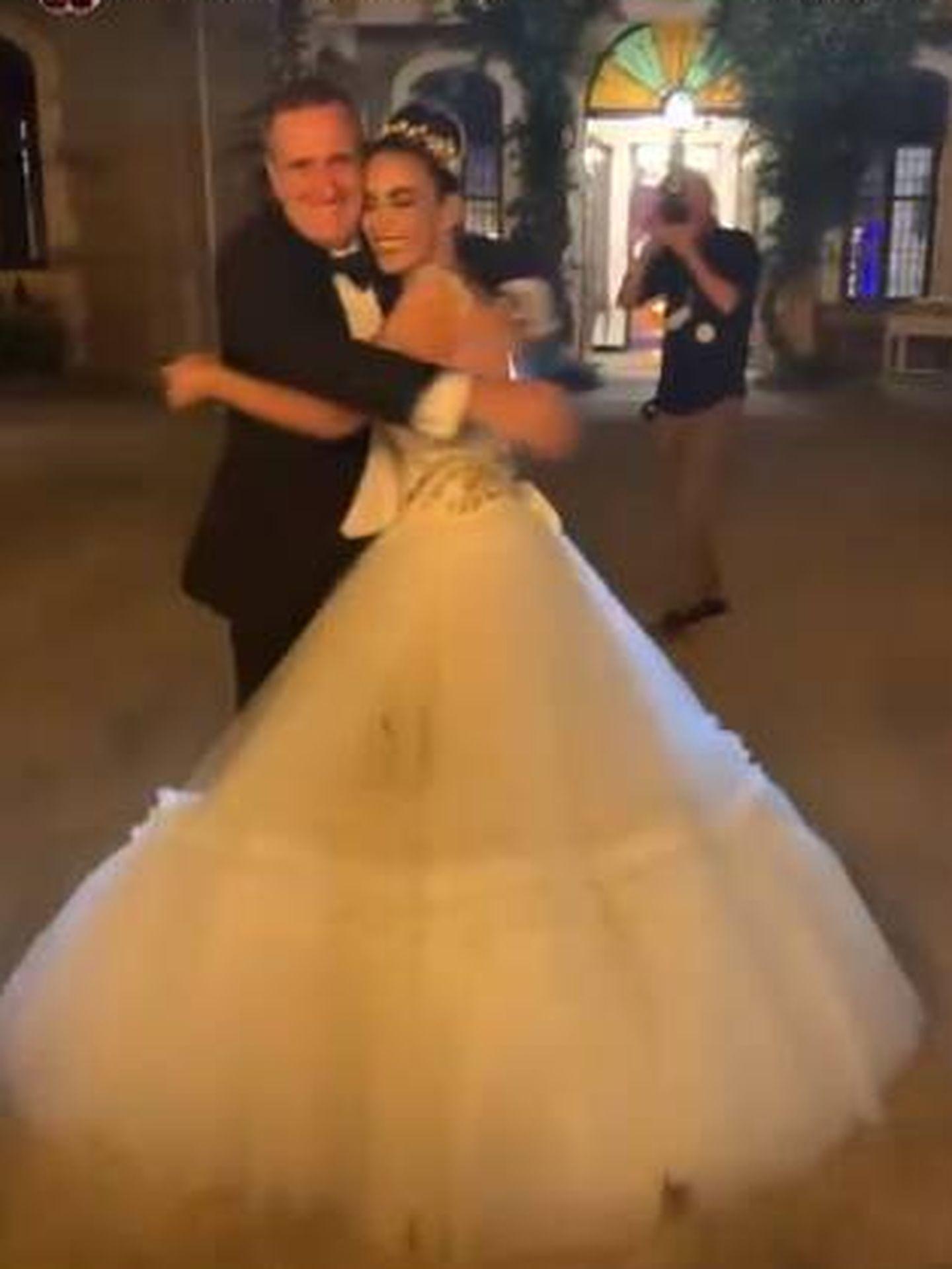 Cristina Rodríguez se abraza a su marido. (IG)