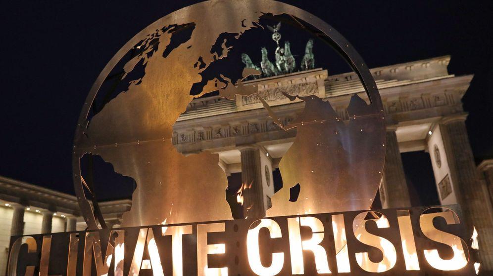 Foto: Activistas protestan por el cambio climático en Berlín. (EFE)