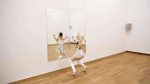 Un robot bailarín en el museo Stedelijk de Ámsterdam