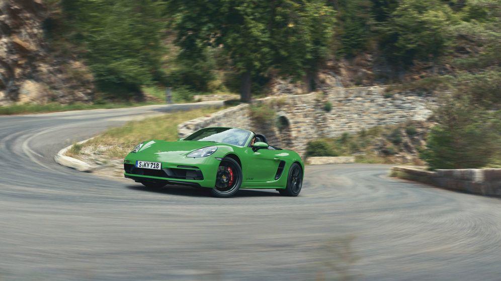Foto: El nuevo Porsche 718 Boxster GTS 4.0 emplea un motor atmosférico de 400 CV y cambio manual.