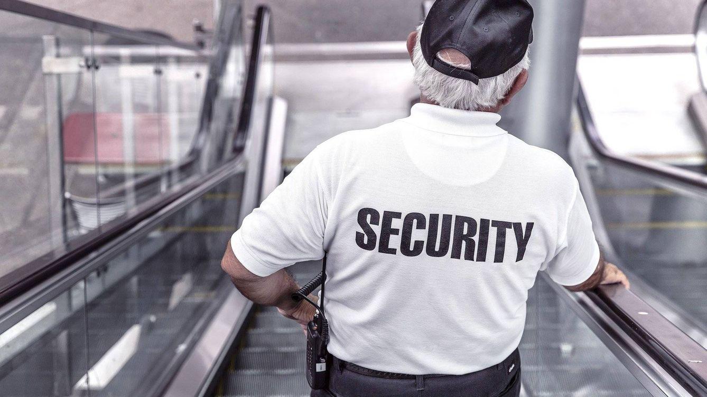 La policía cierra una academia en Salamanca por falsificar títulos de vigilante privado
