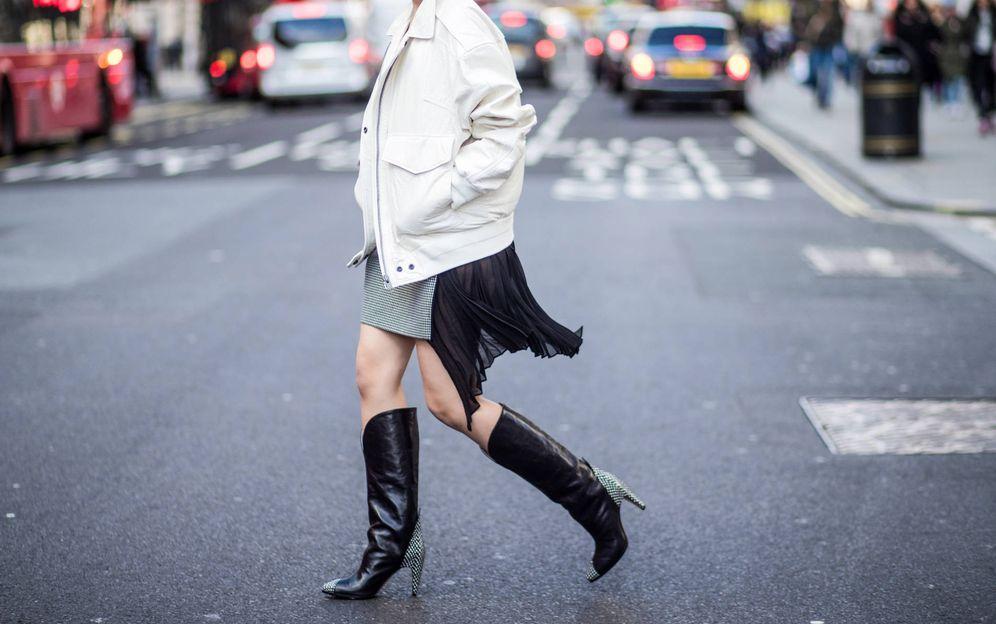 Foto: Camila Cabello, paseando por Londres en febrero. (Getty)