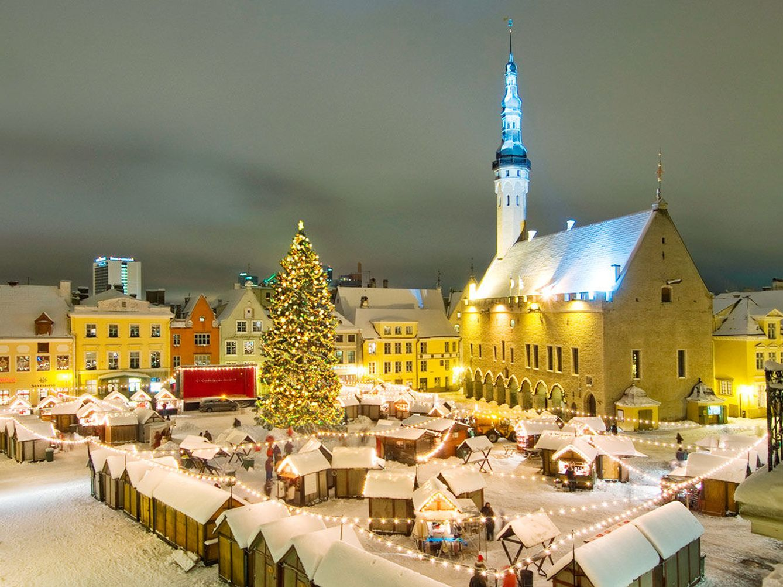 Foto: Una postal navideña. Así es el mercadillo más famoso de Tallín