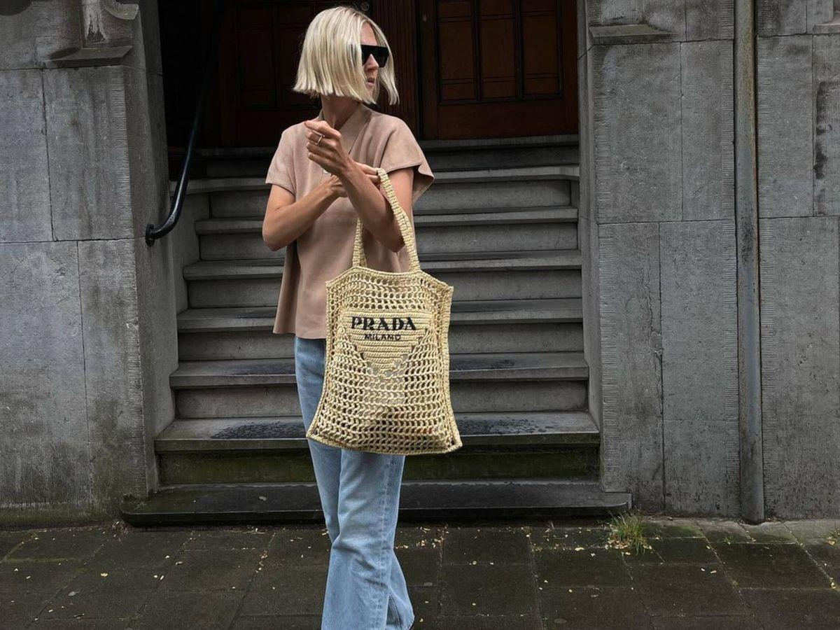 Foto: La insider Linda Tol con el bolso de Prada. (Instagram @lindatol_)