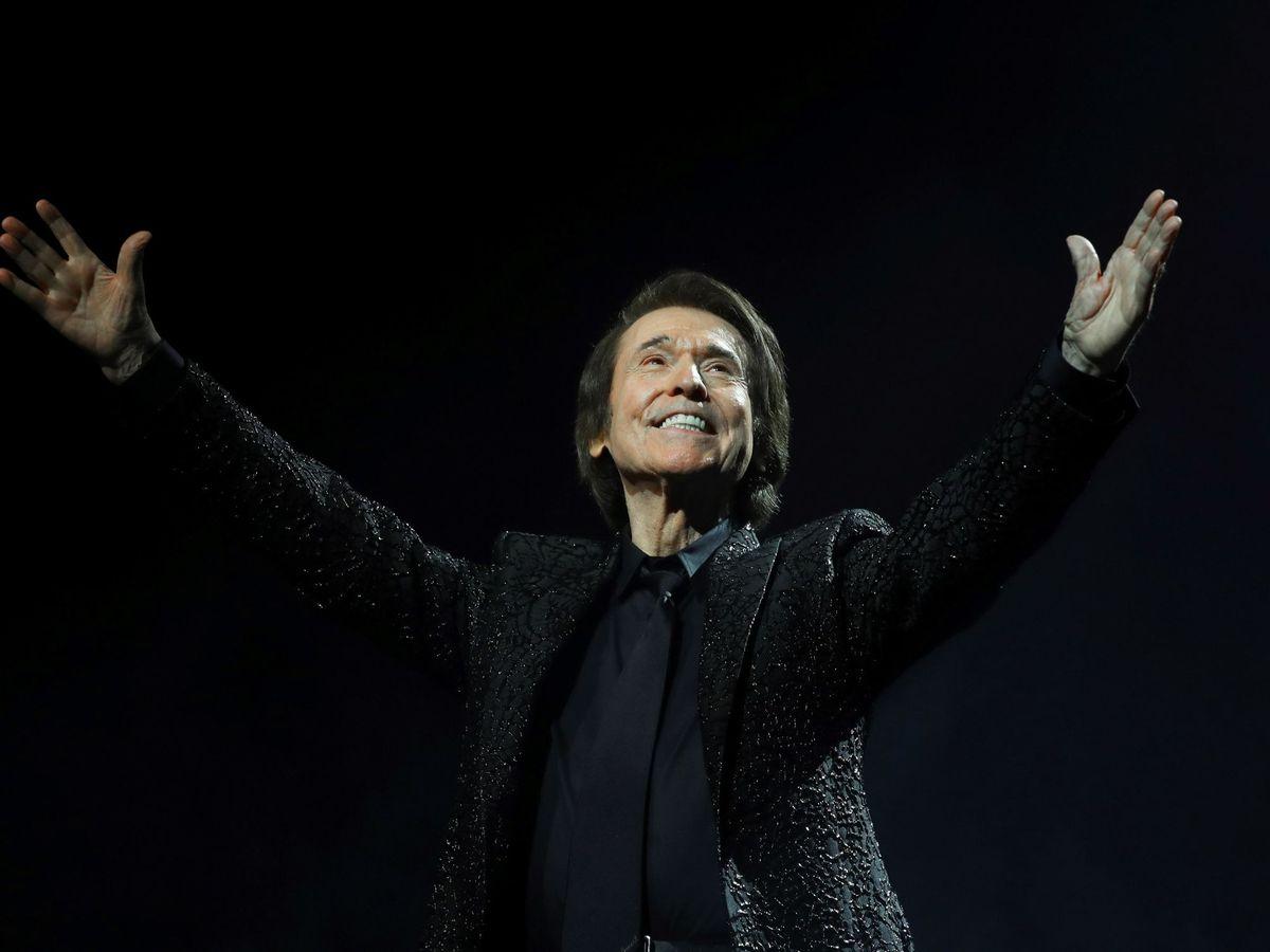 Foto: Raphael en el concierto ofrecido en Madrid. (EFE)