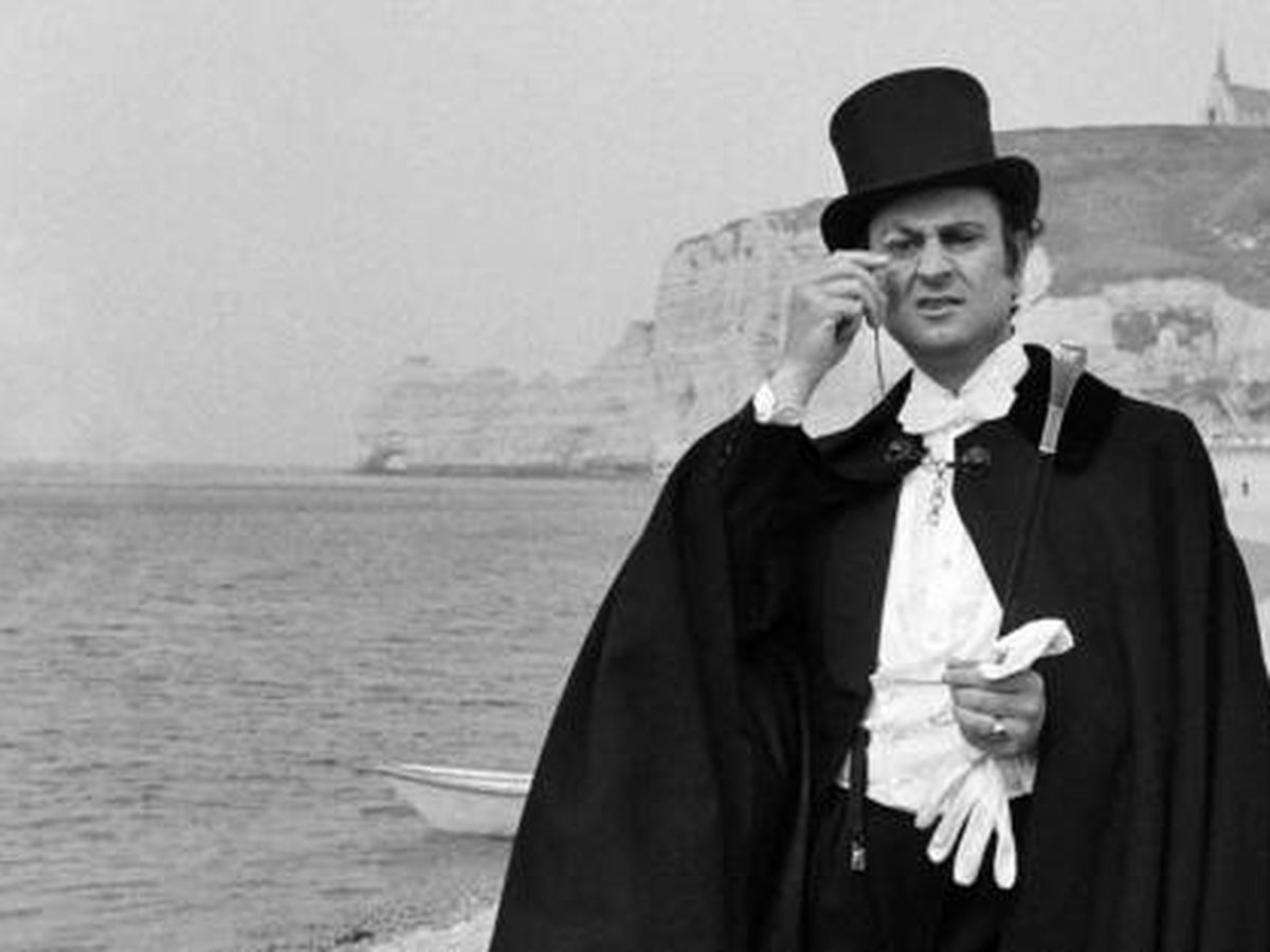 Foto: Georges Descrieres interpretando al ladrón Arsène Lupin. (AFP)
