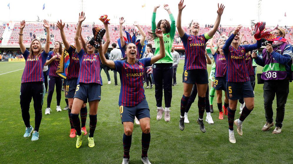 Foto: Las jugadoras del Barcelona celebran su clasificación para la final de la Champions. (Reuters)