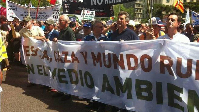Pescadores y cazadores, en una protesta masiva en Madrid en 2016.