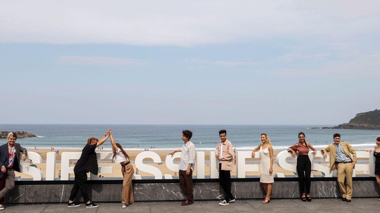 El equipo de 'Quién lo impide' en San Sebastián. (Efe)