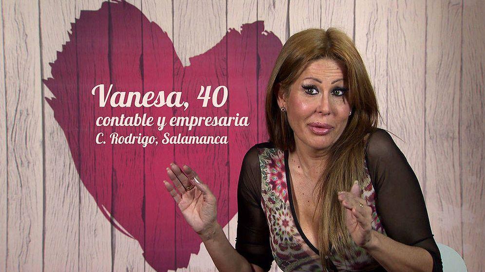 Foto: Vanesa en el 'confesionario' de 'First Dates'
