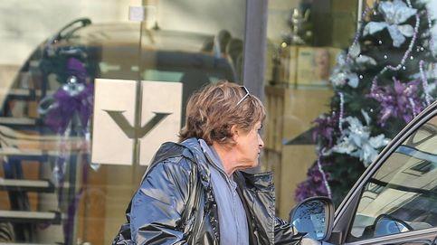 Chelo García Cortés lamenta la pérdida de su espejo retrovisor