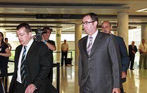 Torres pide al juez una pericial caligráfica de Urdangarin