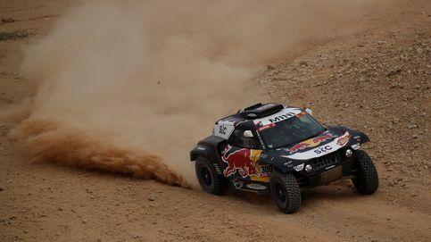 Doblete español en el Dakar: Carlos Sainz se agarra a la pared y Joan Barreda a la victoria