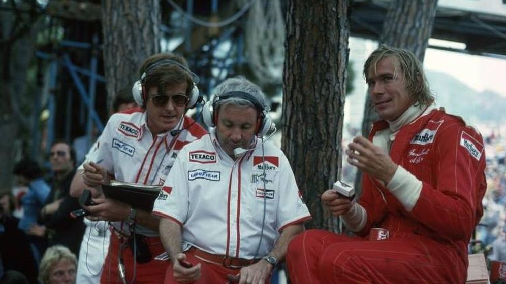 Foto: De izquierda a derecha: Alastair Caldwell, Teddy Mayer y james Hunt (Imago)