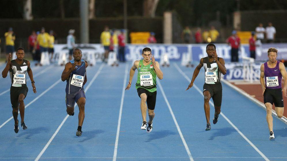 Foto: Hortelano corre en el mitin de Madrid (EFE)