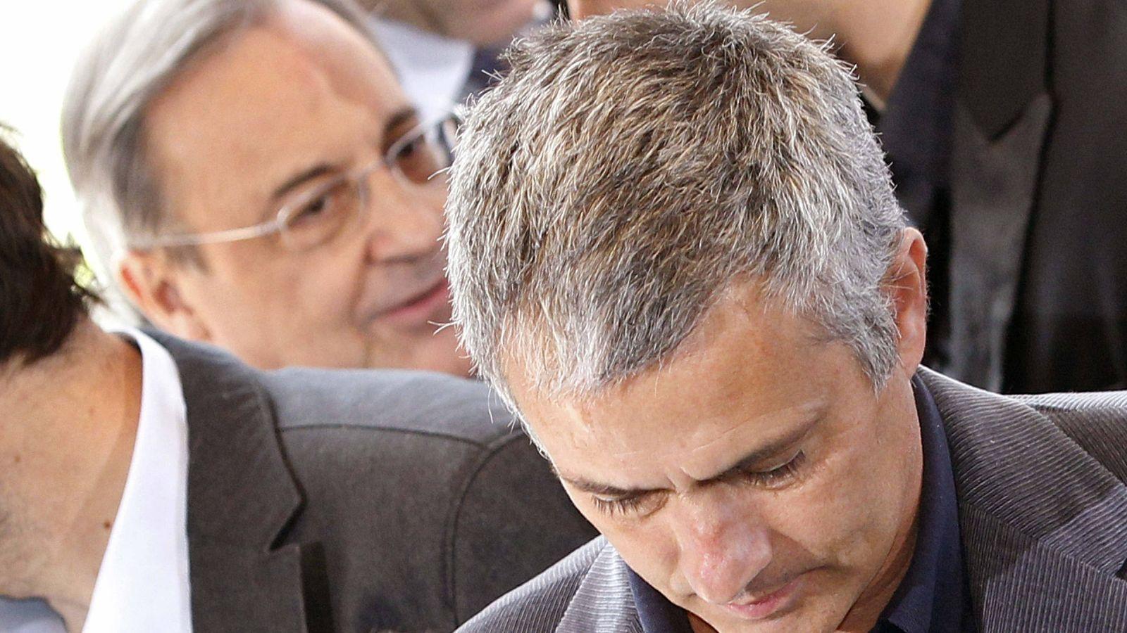 Foto: Mourinho y Florentino Pérez, en una imagen de archivo (EFE)