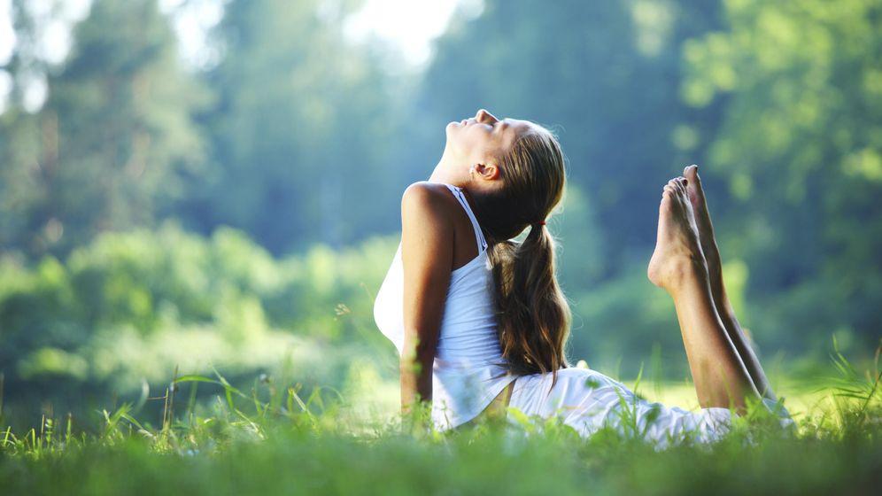 Foto: El yoga puede ayudarte a digerir mejor. (iStock)
