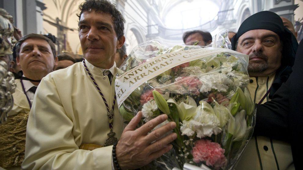 Banderas, Javier Tudela...los famosos disfrutan de la Semana santa