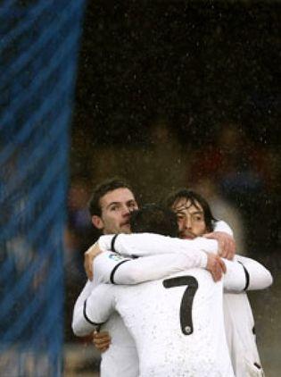 Foto: El Valencia, 'obligado' a ingresar 60 millones de euros en venta de jugadores
