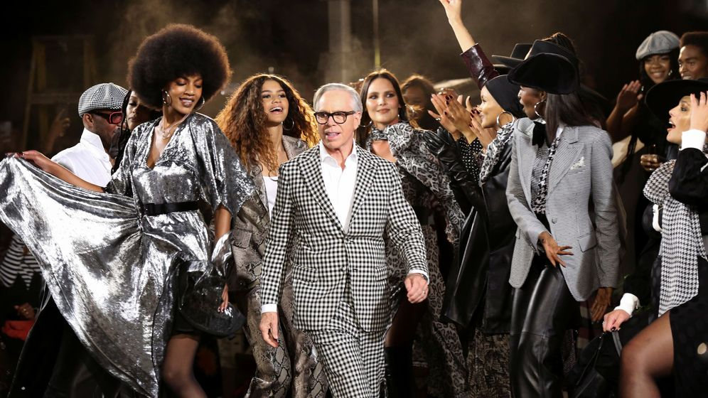 Foto: Tommy hilfiger tommynow fall runway show at the apollo theater during new york fashion week