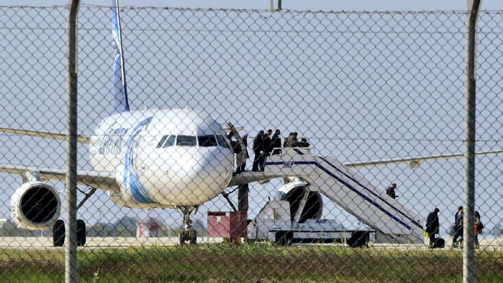 Detenido el secuestrador del avión de Egypt Air: Es un idiota