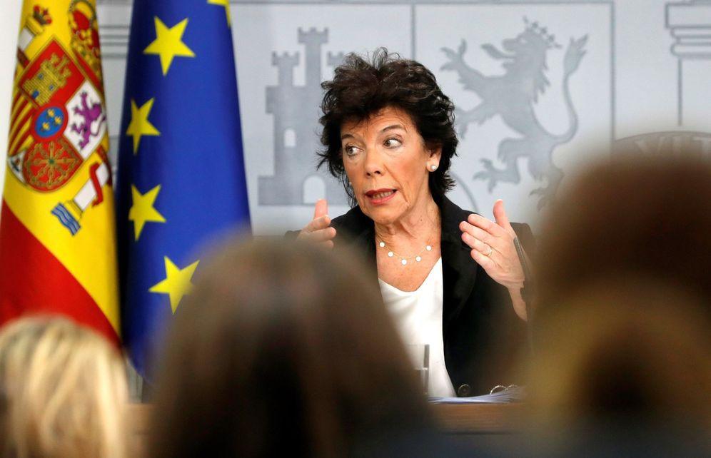 Foto: La ministra de Educación y portavoz del Ejecutivo en funciones, Isabel Celaá, el pasado 25 de octubre en la Moncloa. (EFE)