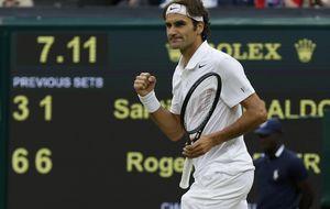 Federer avanza en Wimbledon y se medirá con Robredo en octavos