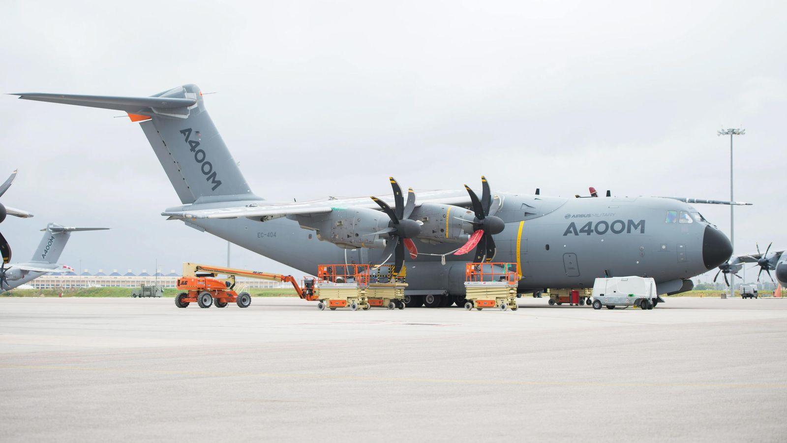 Foto: Imagen de archivo de un modelo de avión Airbus 400M. (EFE)