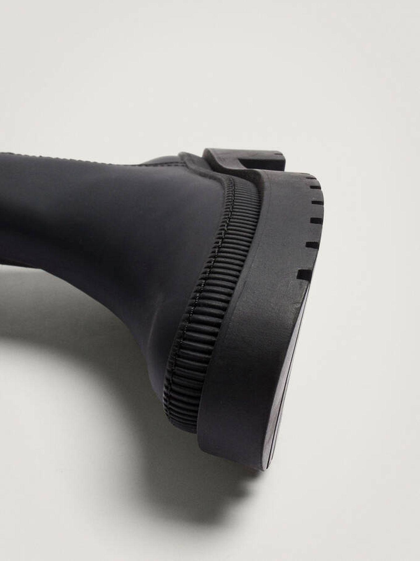 Botas altas de tacón cómodo de Parfois. (Cortesía)