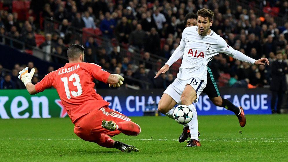Foto: Kiko Casilla, en el partido contra el Tottenham. (Reuters)