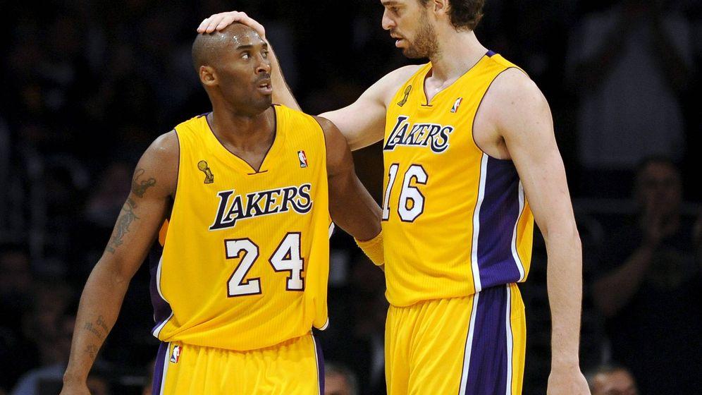 Foto: Pau Gsol, junto a Kobe Bryant durante su etapa en Lakers. (EFE)