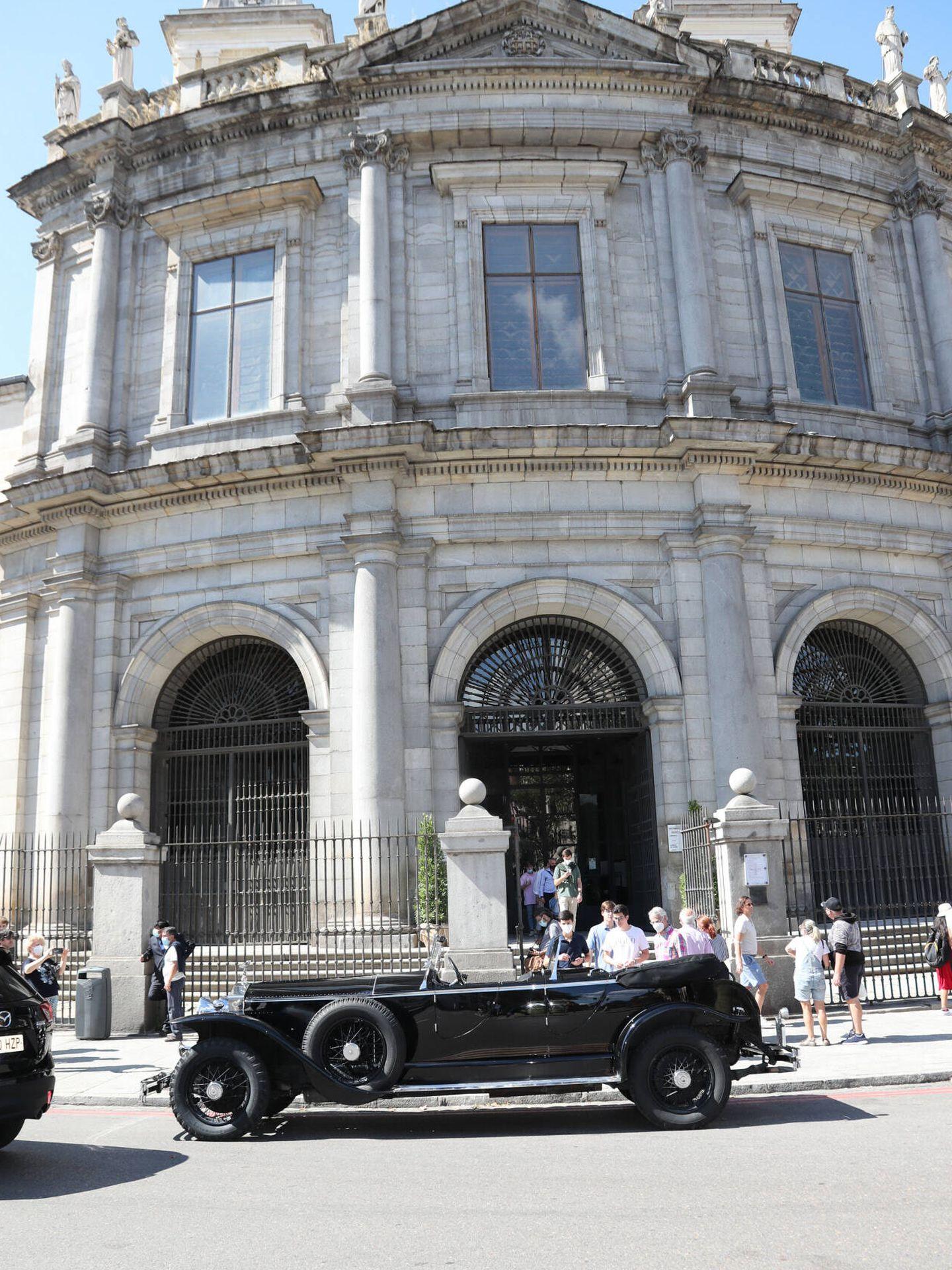 Llegada de la novia a la Basílica de San Franciscos El Grande. (Gtres)