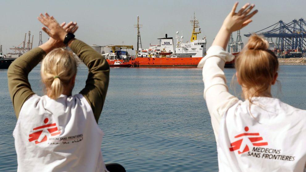 Colau pide a Sánchez acoger el barco de Open Arms con 59 migrantes a bordo