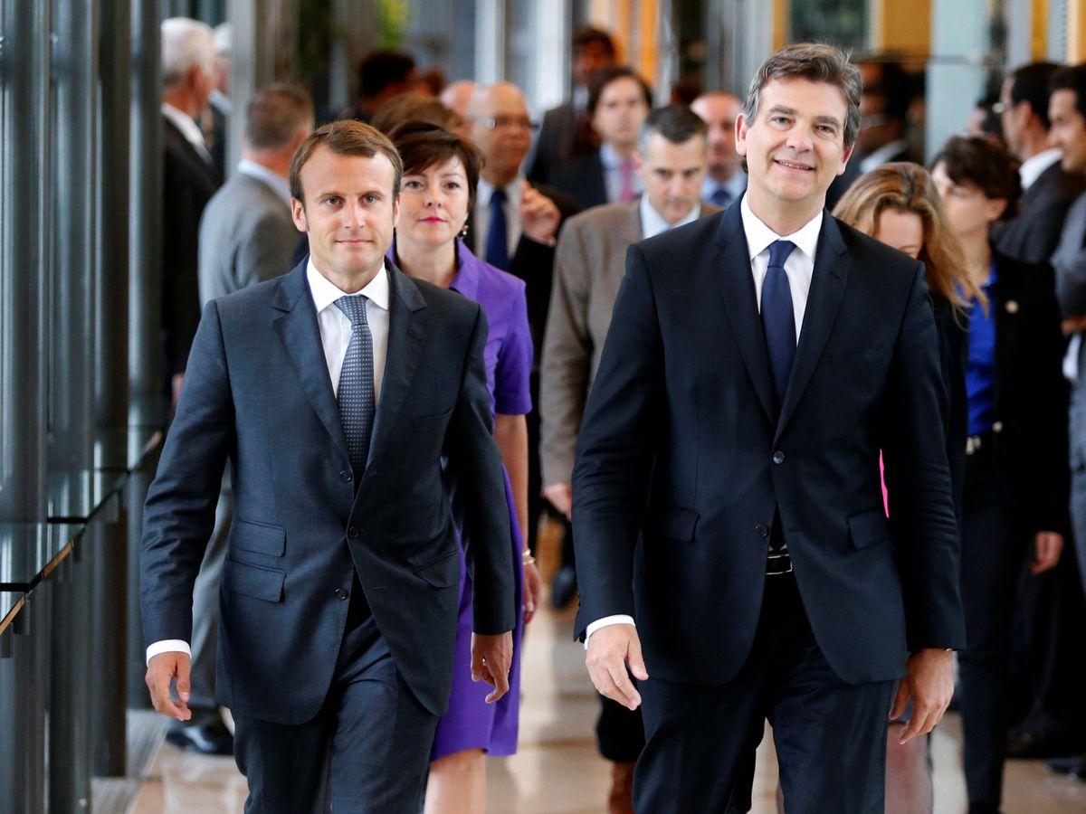 Foto: Arnaud Montebourg, con Emmanuel Macron, en 2014. (Reuters)