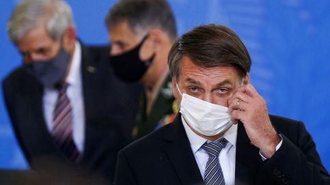 Bolsonaro compara las restricciones con el comunismo y dictaduras mientras Brasil se sume en el caos