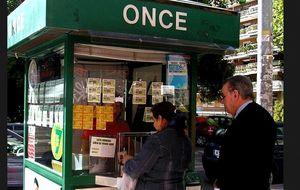 La ONCE amenaza con despedir a quienes no vendan un cupo fijo