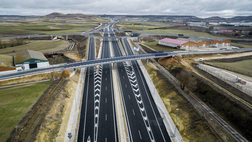 Foto: Tramo de autovía construido en Burgos. (Azvi)