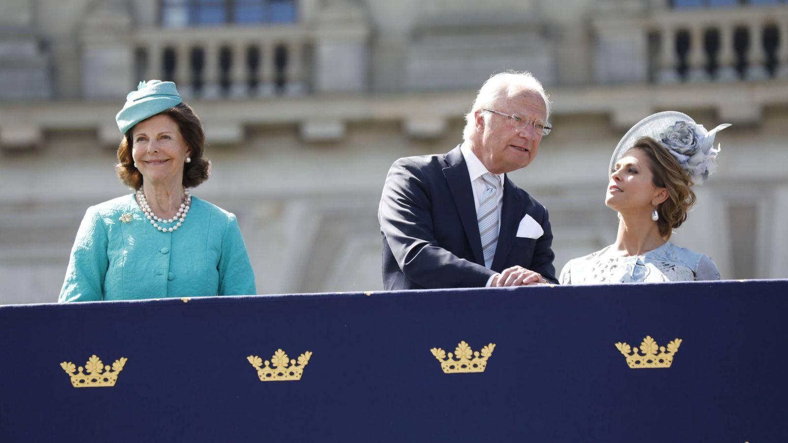 Foto: El rey Carlos Gustavo junto a su hija. (Cordon Press)