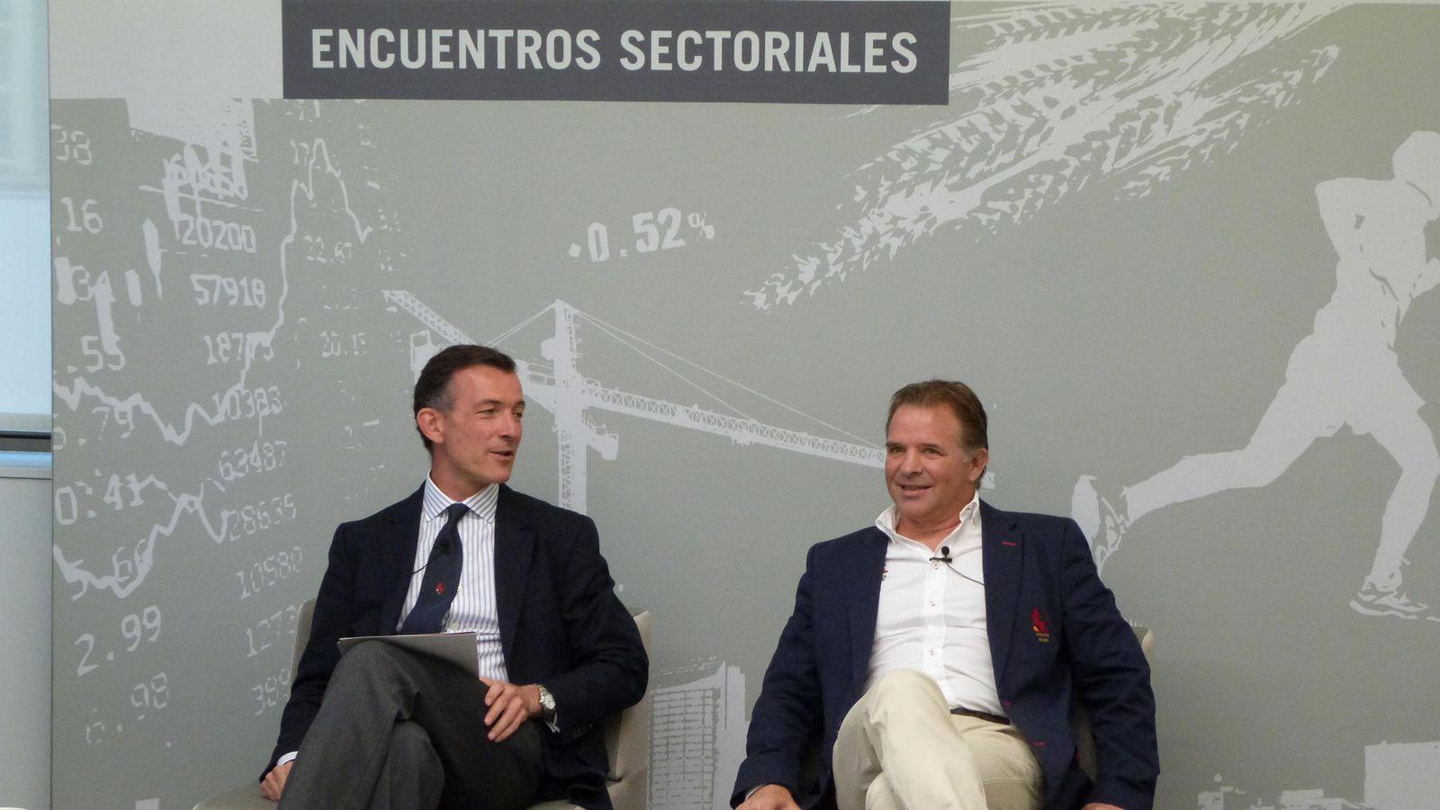 Foto: Eugenio Martínez Bravo y Santiago Santos presidieron el acto (Fotos: KREAB).
