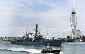 Londres menciona por primera vez a su Armada para defender Gibraltar
