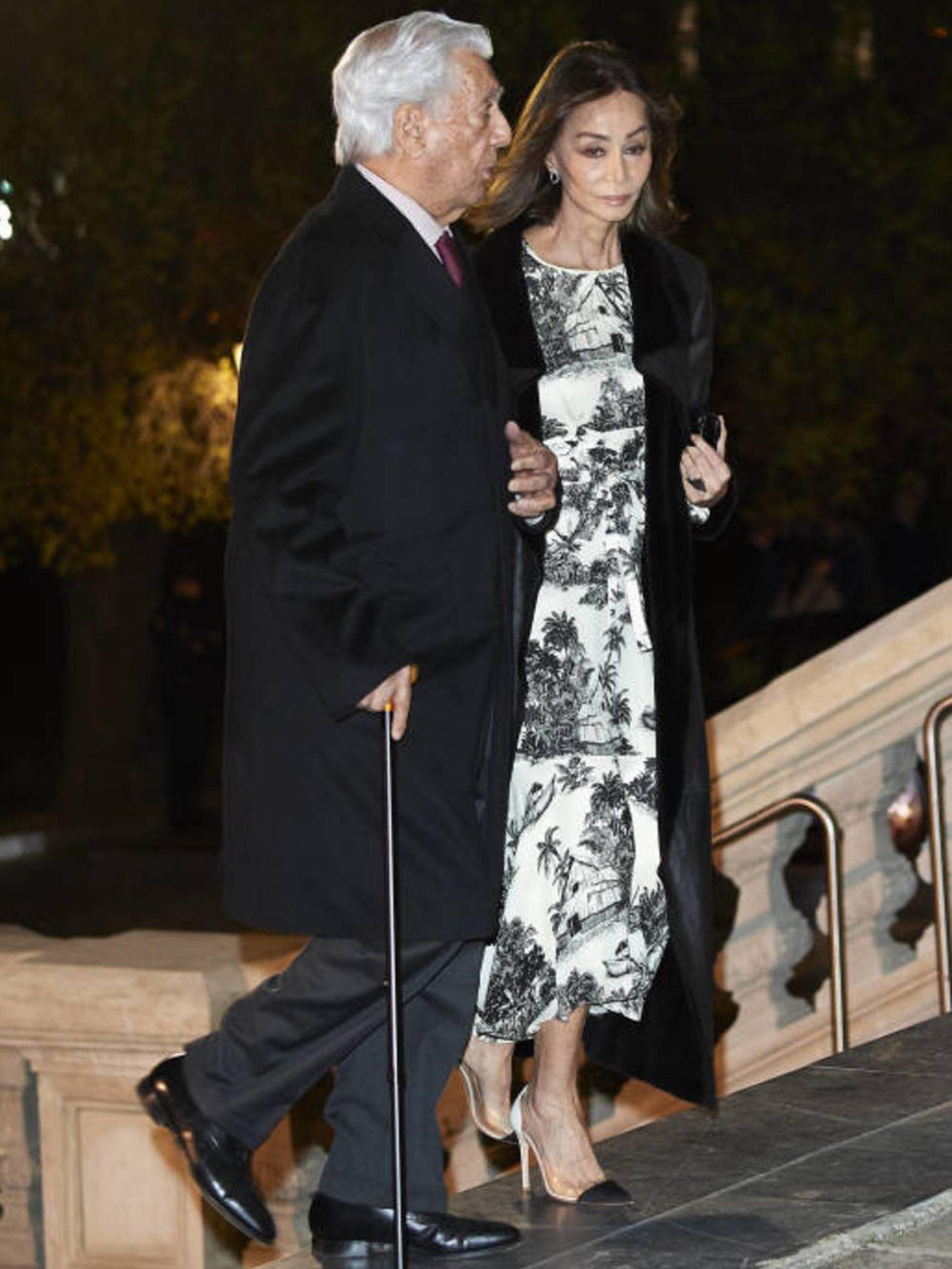 Isabel Preysler, en el funeral de Arango con el mismo vestido. (Getty)
