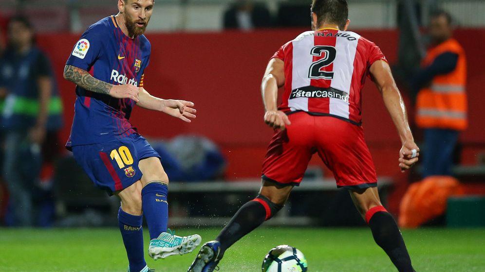 Foto: Messi, en el partido de la primera vuelta en Montilivi. (Reuters)